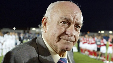 Huyền thoại Di Stefano ra đi ở tuổi 88