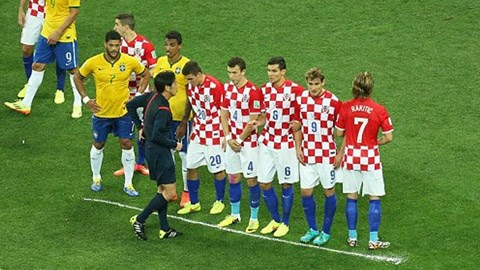 Bình xịt tỏ ra rất tiện ích ở World Cup 2014