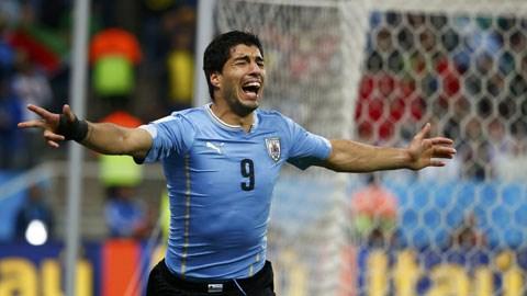 Vào cuối tháng 10 tới, Barca mới có thể làm lễ ra mắt cho Suarez