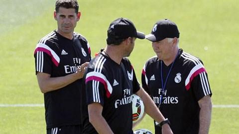 Cựu trung vệ Hierro ra mắt với tư cách trợ lý cho HLV Carlo Ancelotti