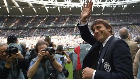 Conte chính thức chia tay Juventus