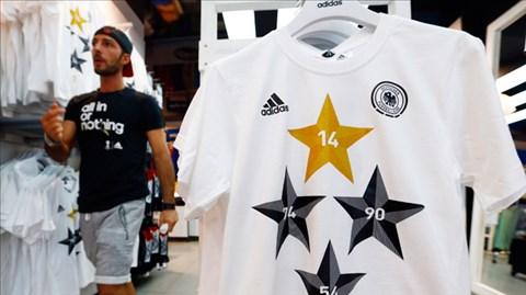 Hơn 2 triệu chiếc áo đấu của ĐT Đức đã được Adidas bán hết