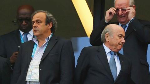 FIFA cần siết chặt cung cách quản lý thay vì đổ lỗi hay cấm đoán các đại diện cầu thủ