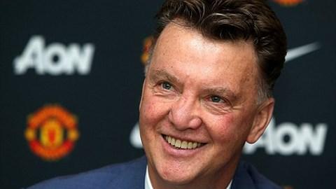 Van Gaal ra mắt M.U