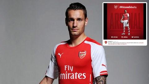 Debuchy sẽ mang áo số 2 ở Arsenal
