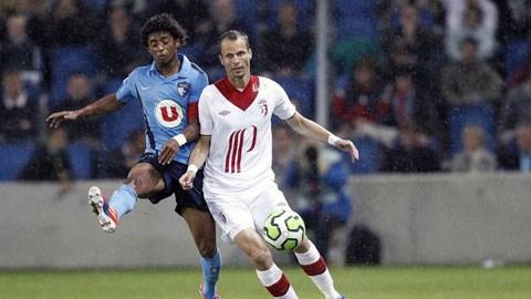 Lille (phải) chưa vào guồng và khó chống đỡ nổi sức mạnh của Zenit