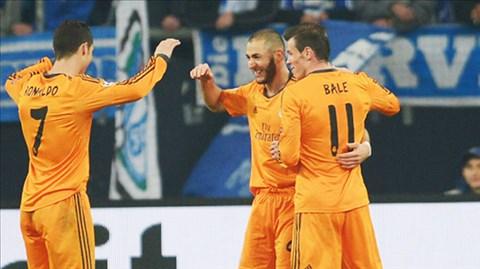 Benzema (giữa) rất ăn ý với Ronaldo và Bale trên sân
