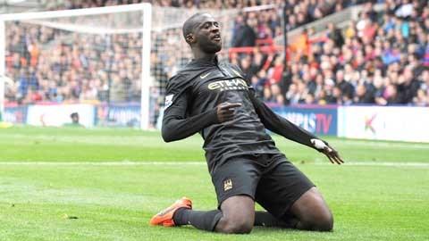 Giữ chân được Yaya Toure là thành công lớn của Man City trong mùa Hè 2014