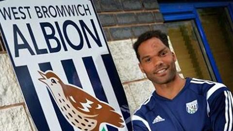 Joleon Lescott gia nhập West Brom được tròn 1 tháng