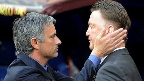 Mourinho không e ngại thách thức từ phía Van Gaal