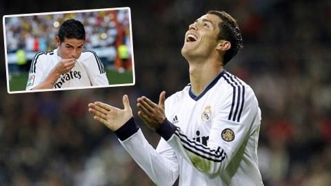 Ronaldo (ảnh lớn) đang rất thoải mái về mặt tinh thần