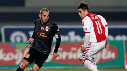 Chỉ cần chi khoảng 15-20 triệu euro, Monaco sẽ có Sneijder (trái)