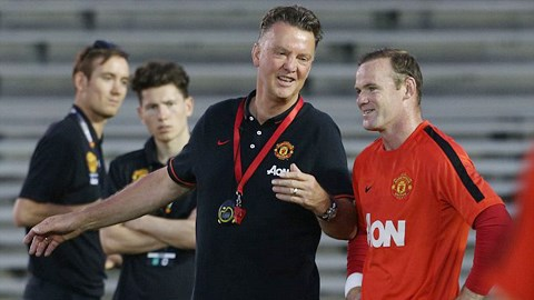 Louis van Gaal hứa hẹn lập lại trật tự đã mất tại Old Trafford giúp M.U hồi sinh