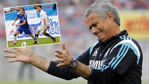 Jose Mourinho có ý đồ xây dựng chiến thuật 4-2-3-1