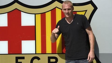 Rất khó để Mathieu duy trì phong độ cao tại Barca khi anh đã 30 tuổi