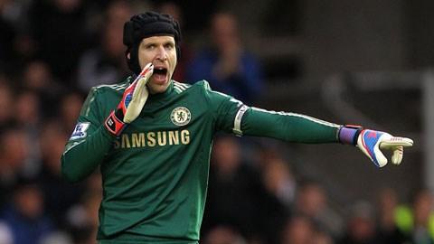 Petr Cech luôn là sự lựa chọn số 1 trong khung gỗ Chelsea từ 10 năm nay