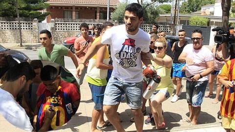 Sức hút của Suarez là rất lớn và các nhà đài TBN đang làm mọi cách để anh được sớm thi đấu trở lại
