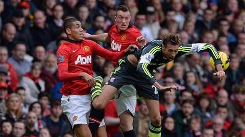 Hàng thủ M.U đang làm đau đầu Van Gaal