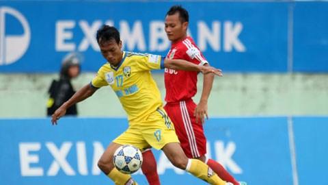 Khi HV.AG (áo vàng) còn đá 2 trận nữa ở V-League - Ảnh: Anh Tài