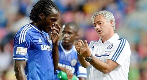 Việc Lukaku đòi hỏi suất đá chính khiến Mourinho không thu nạp anh