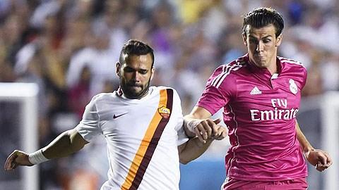 Gareth Bale (giữa) và các đồng đội mất tập trung trong 2 trận giao hữu