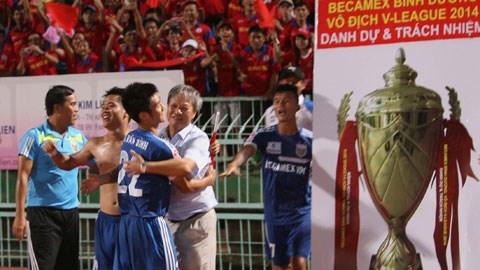 B.BD ăn mừng chiến thắng