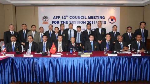 Cuộc họp Hội đồng AFF diễn ra tại Hà Nội ngay trước Lễ bốc thăm, xếp lịch thi đấu AFF Suzuki Cup 2014 - ẢNH: Đức Cường
