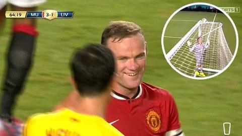 Rooney bị trọng tài từ chối bàn thắng