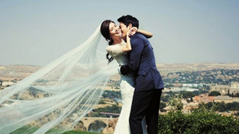 Park Ji Sung và vợ Kim Min Ji