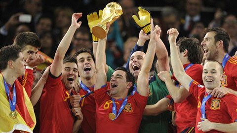Xavi quyết định chia tay sự nghiệp quốc tế ở tuổi 34