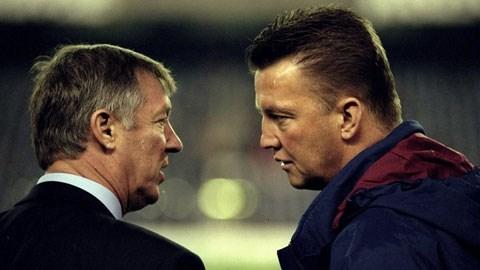 Cá tính mạnh của Van Gaal (phải) rất cần cho M.U thời điểm này