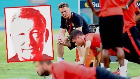 Van Gaal liệu có vượt qua được cái bóng của người tiền nhiệm?