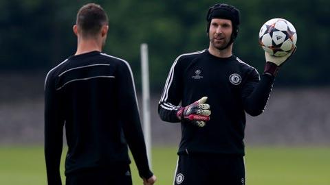 """Không muốn là """"số 2"""", Cech cân nhắc trở lại Ligue 1"""
