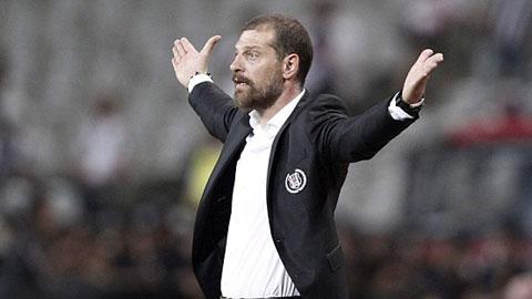 Besiktas không có HLV trưởng ở trận tái đấu Arsenal?