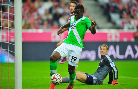 Bayern 2-1 Wolfsburg: Chiến thắng mong manh