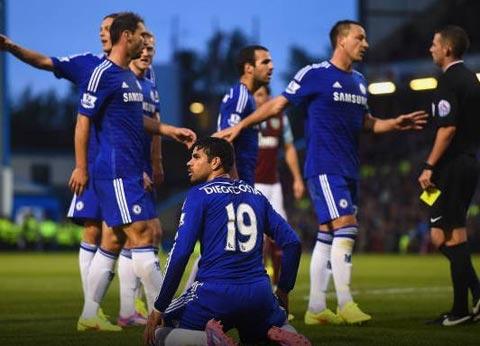 Chelsea: Đáng sợ ngay từ vạch xuất phát