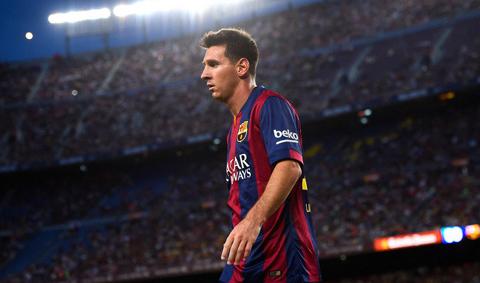 Enrique hài lòng về chiến thắng thiếu người của Barca