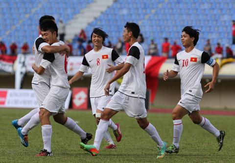 """Chủ tịch VFF Lê Hùng Dũng: """"Một CLB lớn của Anh muốn mua 2 cầu thủ U19 Việt Nam"""""""