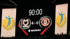 MK Dons 4-0 Man Utd : Nhục nhã