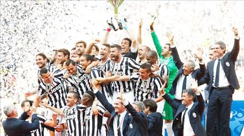 Sự xuống cấp của Serie A hằn đậm trong chức vô địch mùa trước của Juventus khi họ hơn đội Á quân AS Roma 17 điểm, hơn đội hạng Tư 37 điểm và vô địch l