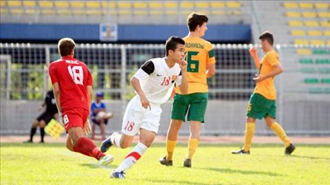 U19 Việt Nam (áo trắng) quyết tái hiện chiến thắng trước U19 Australia