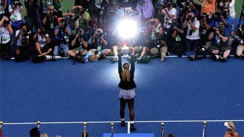Ở trận chung kết đơn nữ US Open, Serena Williams đã dễ dàng đánh bại Caroline Wozniacki sau 2 set với cùng tỷ số 6-3