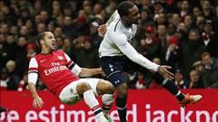Walcott tái xuất trong trận derby Bắc London