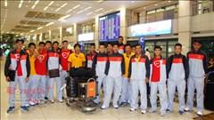 Chùm ảnh: Đội tuyển Olympic Việt Nam đặt chân tới Hàn Quốc