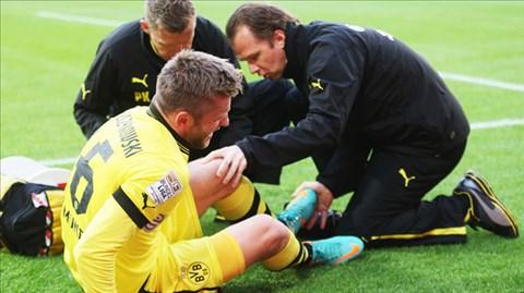 Blaszczykowski lại phải nghỉ thi đấu 4 tuần nữa do tái phát chấn thương đùi<br />