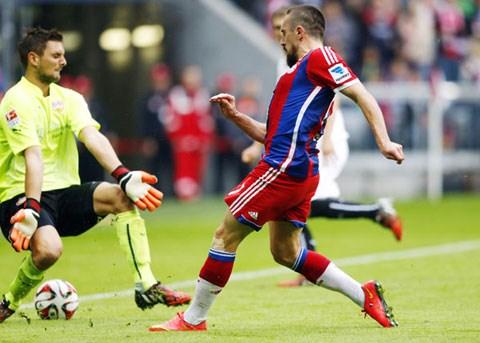Franck Ribery tái xuất ấn tượng