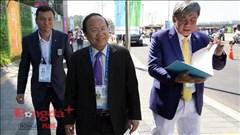 Bộ trưởng Hoàng Tuấn Anh thăm và động viên đoàn thể thao Việt Nam