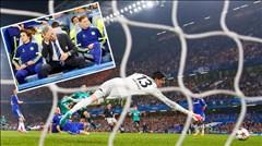 """""""Phi cơ"""" Chelsea bị Schalke đưa về mặt đất"""