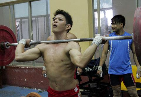 """Thể thao Việt Nam """"săn"""" vàng Asiad 2014: Chuyện của Vinh """"nổ"""", Tuấn """"tạ"""", Viên """"bơi"""""""