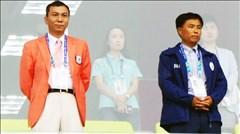 Cô dâu Việt làm tình nguyện viên
